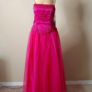 NWT Faviana Strapless Ball Gown Princess Style